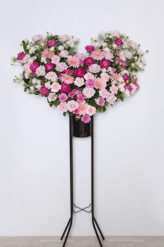 ハート型のスタンド花 1段 ピンク ID:449